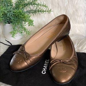 🌻Chanel Bronze Ballerina CC Cap-Toe Flats Size 9